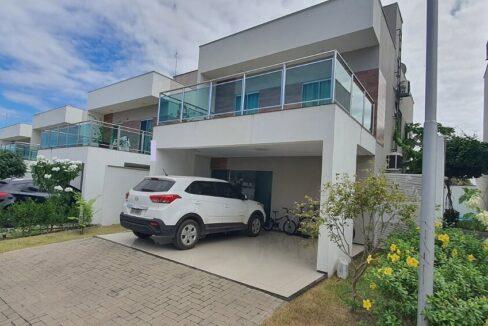 1 casa venda condomínio fechado 4 suítes, piscina, DCE