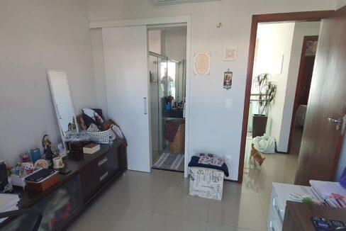 25 casa venda condomínio fechado 4 suítes, piscina, DCE