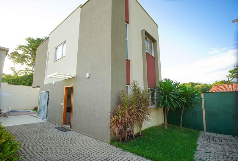 Jardim dos Morros,Casa duplex em condomínio fechado 4 quartos zona leste Teresina