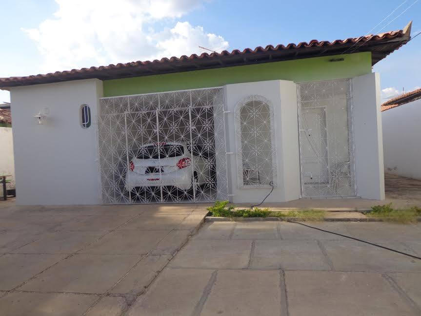 Casa rua Visconde da Parnaíba 3 suítes próximo Restaurante Elmo