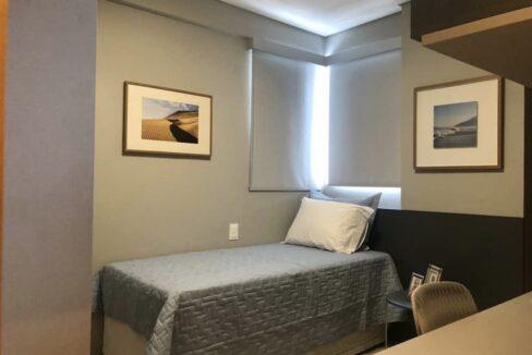 10Amalfi Residence,zona leste Teresina,107,23 m² e 127,03m² com 03 suítes (sendo 01 suíte reversível), sala de estar e jantar, varanda, cozinha com área de serviço, DCE, interfone. 2 ou 3 vagas
