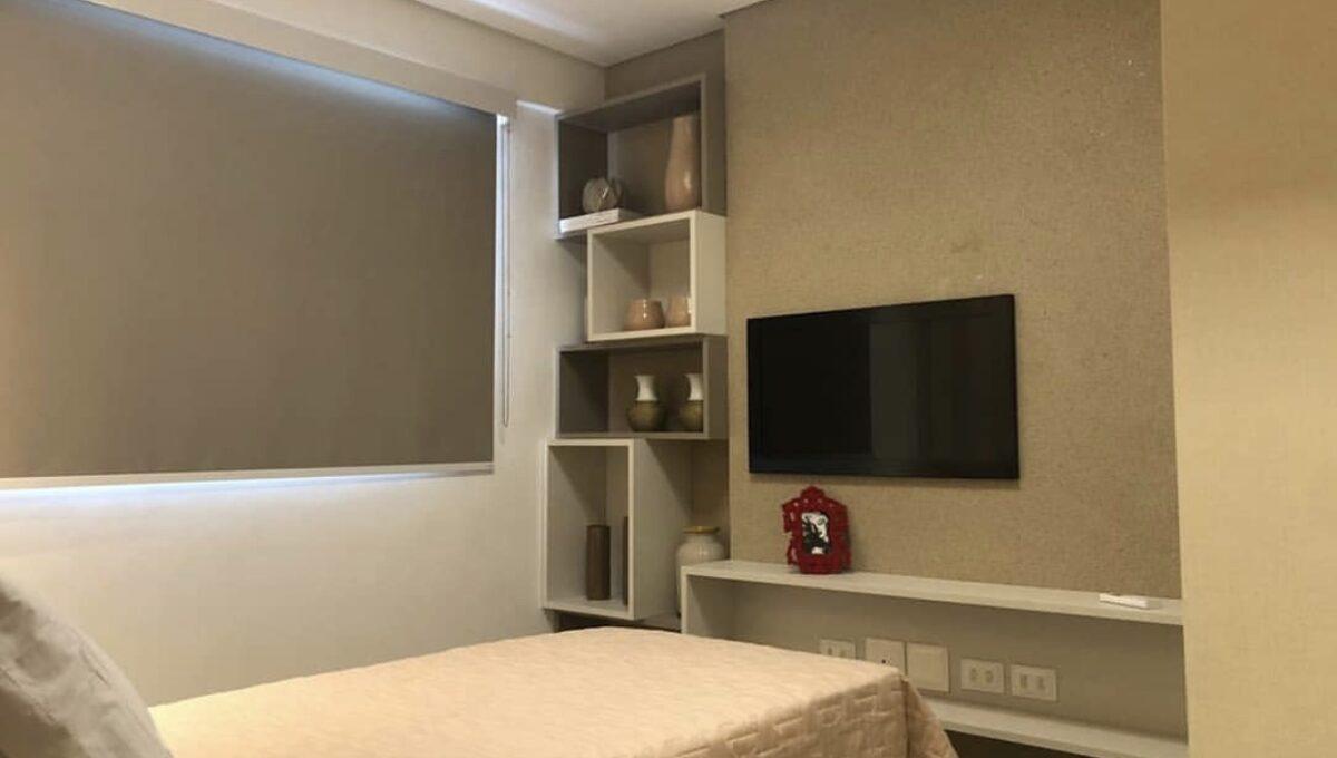 12 Amalfi Residence,zona leste Teresina,107,23 m² e 127,03m² com 03 suítes (sendo 01 suíte reversível), sala de estar e jantar, varanda, cozinha com área de serviço, DCE, interfone. 2 ou 3 vagas