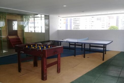 18 Amalfi Residence,zona leste Teresina,107,23 m² e 127,03m² com 03 suítes (sendo 01 suíte reversível), sala de estar e jantar, varanda, cozinha com área de serviço, DCE, interfone. 2 ou 3 vagas