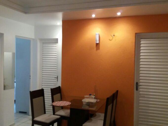 Apartamento 2 quartos, térreo, próximo avenida Dom Severino