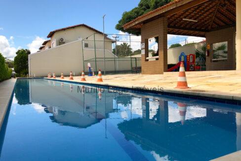 2 Casa duplex, 3 suítes,zona leste Teresina,condomínio fechado,piscina,portaria 24h,salão de festas