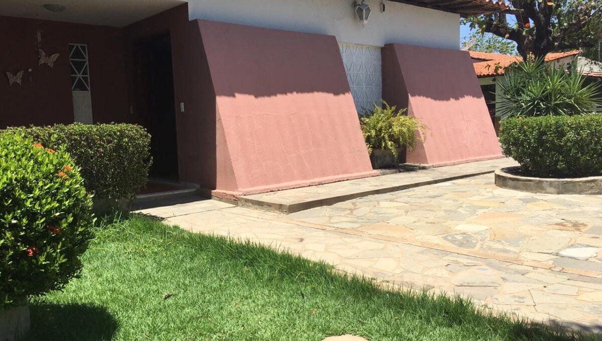 2 Casa para venda 30m x 30m São Cristóvão, piscina, 5 quartos, ampla área externa, próximo avenida Senador Arêa Leão