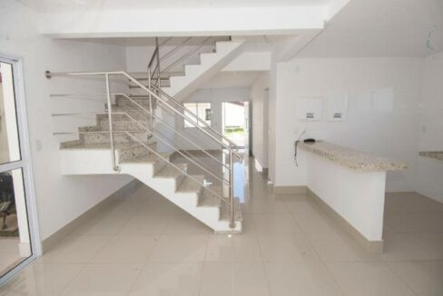 21 Casa duplex 127m² La vie Suiça, Zona leste Teresina, 3 quartos sendo 1 suíte master,3 vagas
