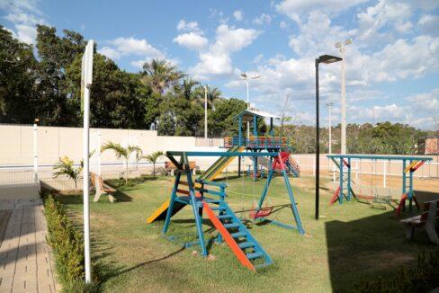4 Barcelona residence, casa duplex em condomínio fechado 104m²,zona leste Teresina,Piscina,área de lazer,playground