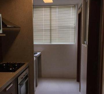 5 Amalfi Residence,zona leste Teresina,107,23 m² e 127,03m² com 03 suítes (sendo 01 suíte reversível), sala de estar e jantar, varanda, cozinha com área de serviço, DCE, interfone. 2 ou 3 vagas