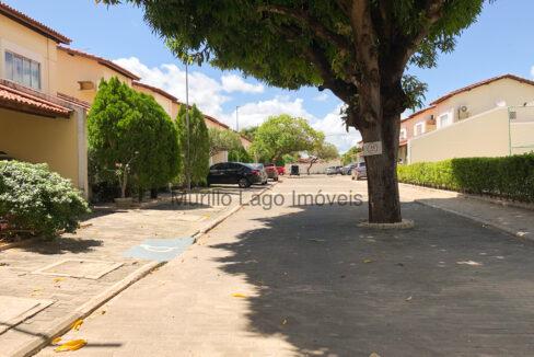 6 Casa duplex, 3 suítes,zona leste Teresina,condomínio fechado,piscina,portaria 24h,salão de festas