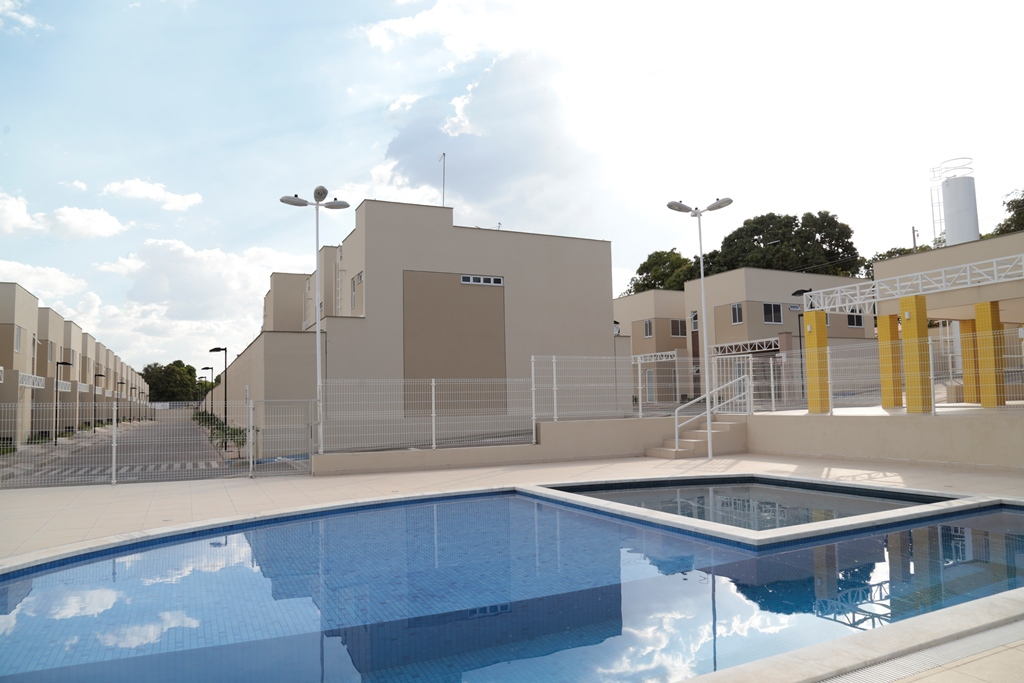 7 Barcelona residence, casa duplex em condomínio fechado 104m²,zona leste Teresina,Piscina,área de lazer,playground