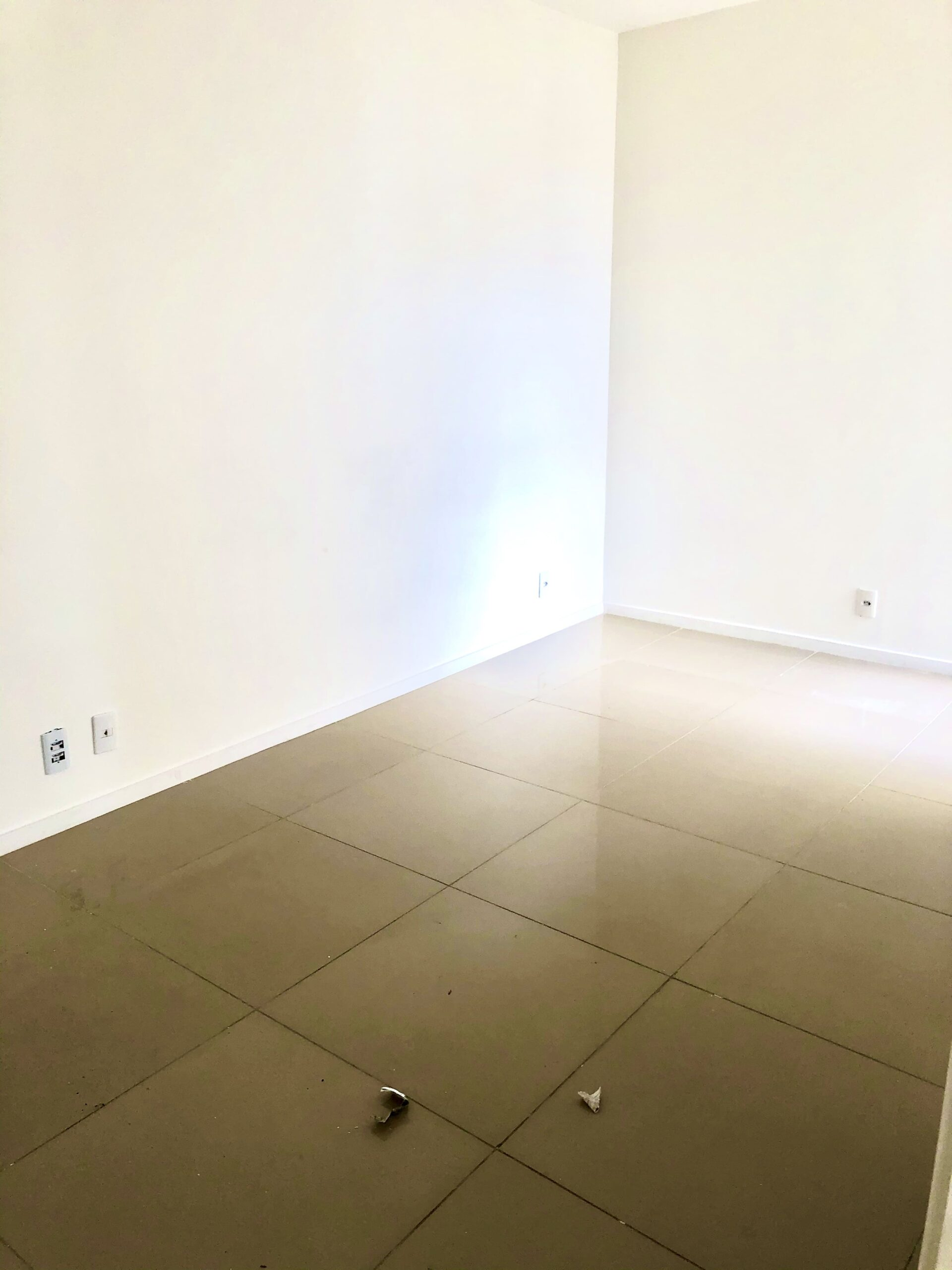 10 Apartamento para venda no Edifício Recanto das Palmeiras Teresina,3 Quartos, sendo 1 suíte, banheiro social, 1 vaga, piso em porcelanato