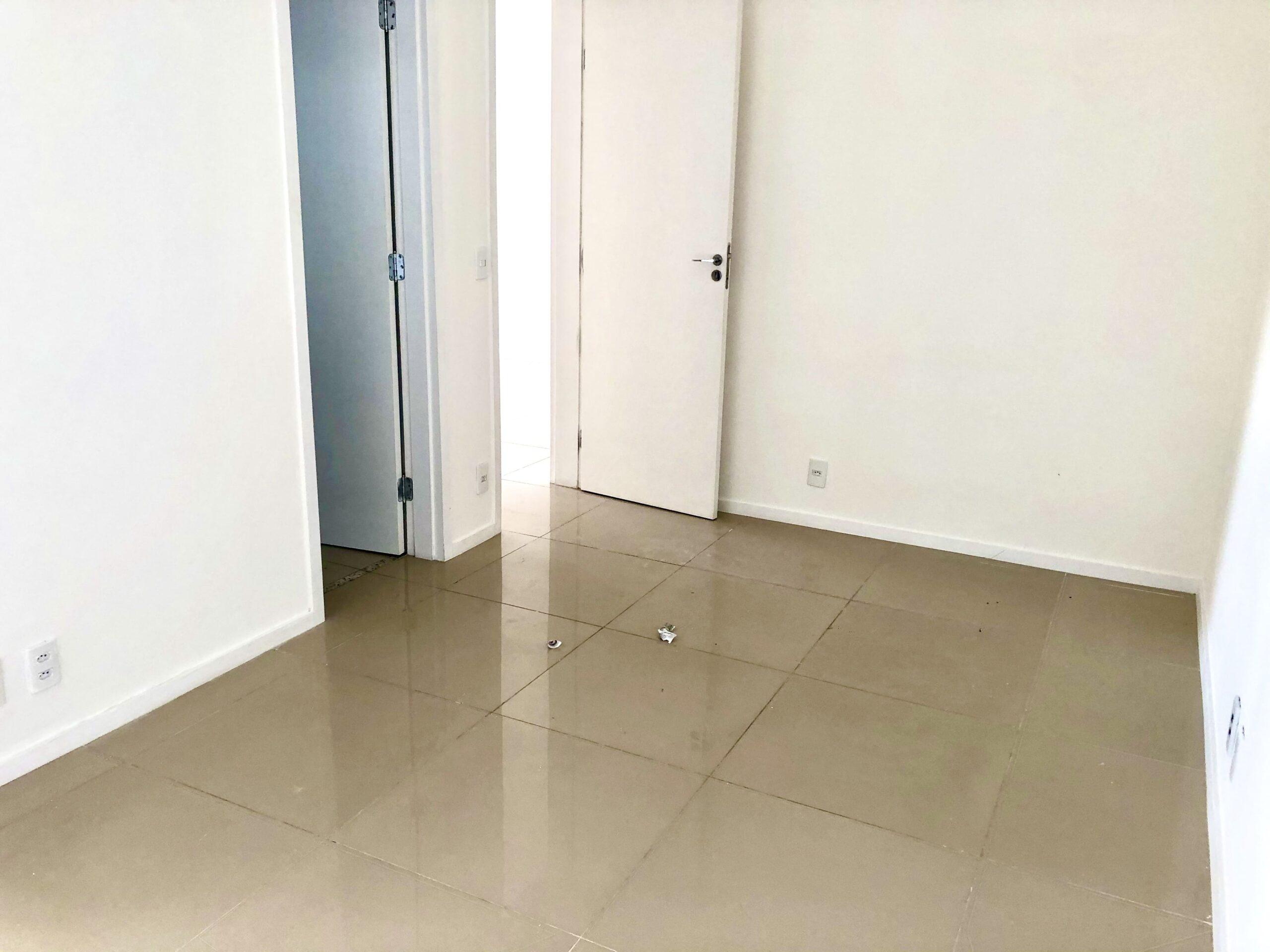 11 Apartamento para venda no Edifício Recanto das Palmeiras Teresina,3 Quartos, sendo 1 suíte, banheiro social, 1 vaga, piso em porcelanato