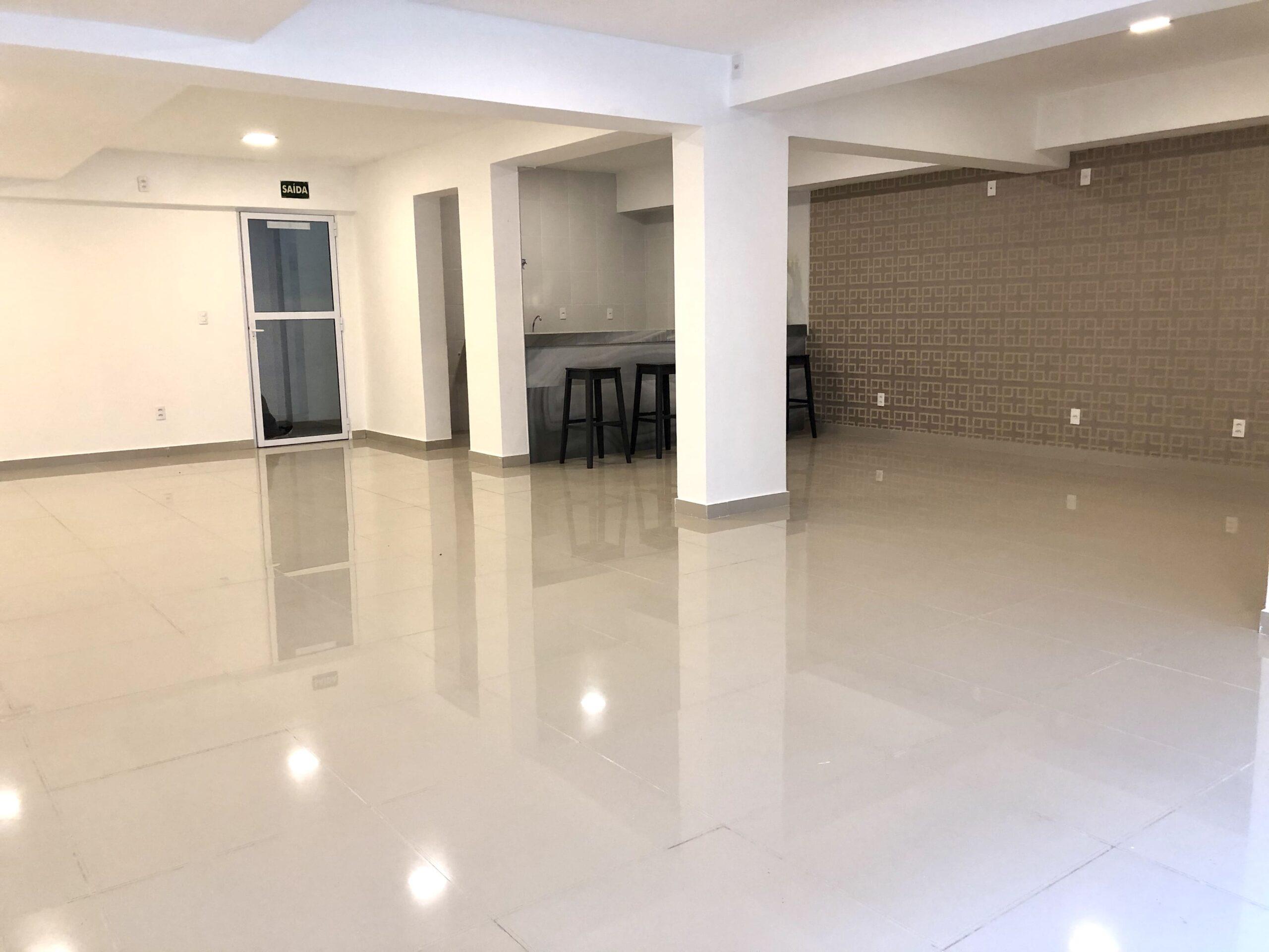 13 Apartamento para venda no Edifício Recanto das Palmeiras Teresina,3 Quartos, sendo 1 suíte, banheiro social, 1 vaga, piso em porcelanato
