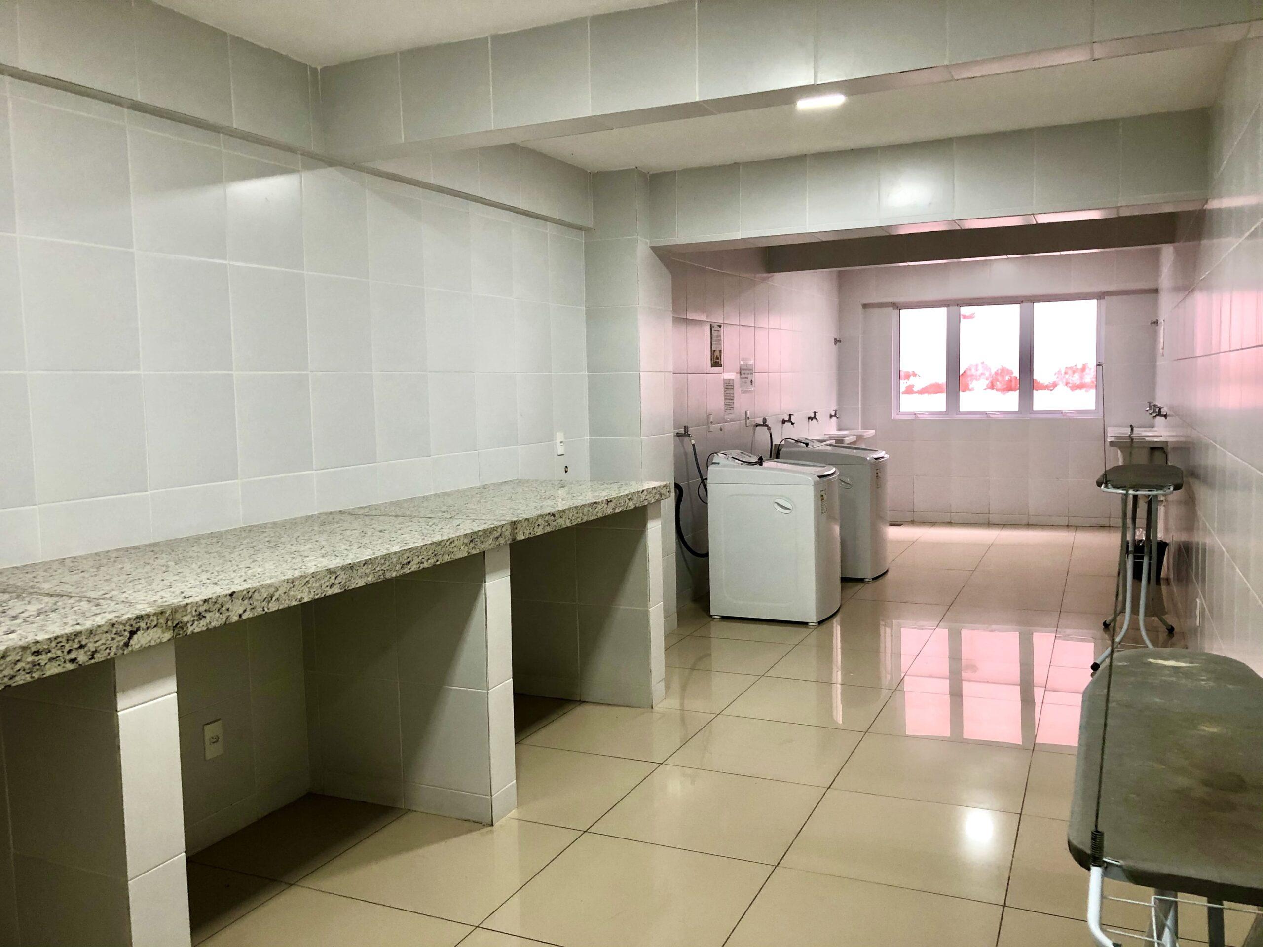17 Apartamento para venda no Edifício Recanto das Palmeiras Teresina,3 Quartos, sendo 1 suíte, banheiro social, 1 vaga, piso em porcelanato