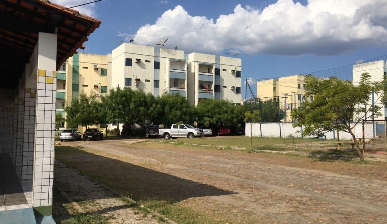 18 Santa Marta,3 quartos, 2 banheiros, 1 vaga, condomínio fechado,ufpi, zona leste Teresina