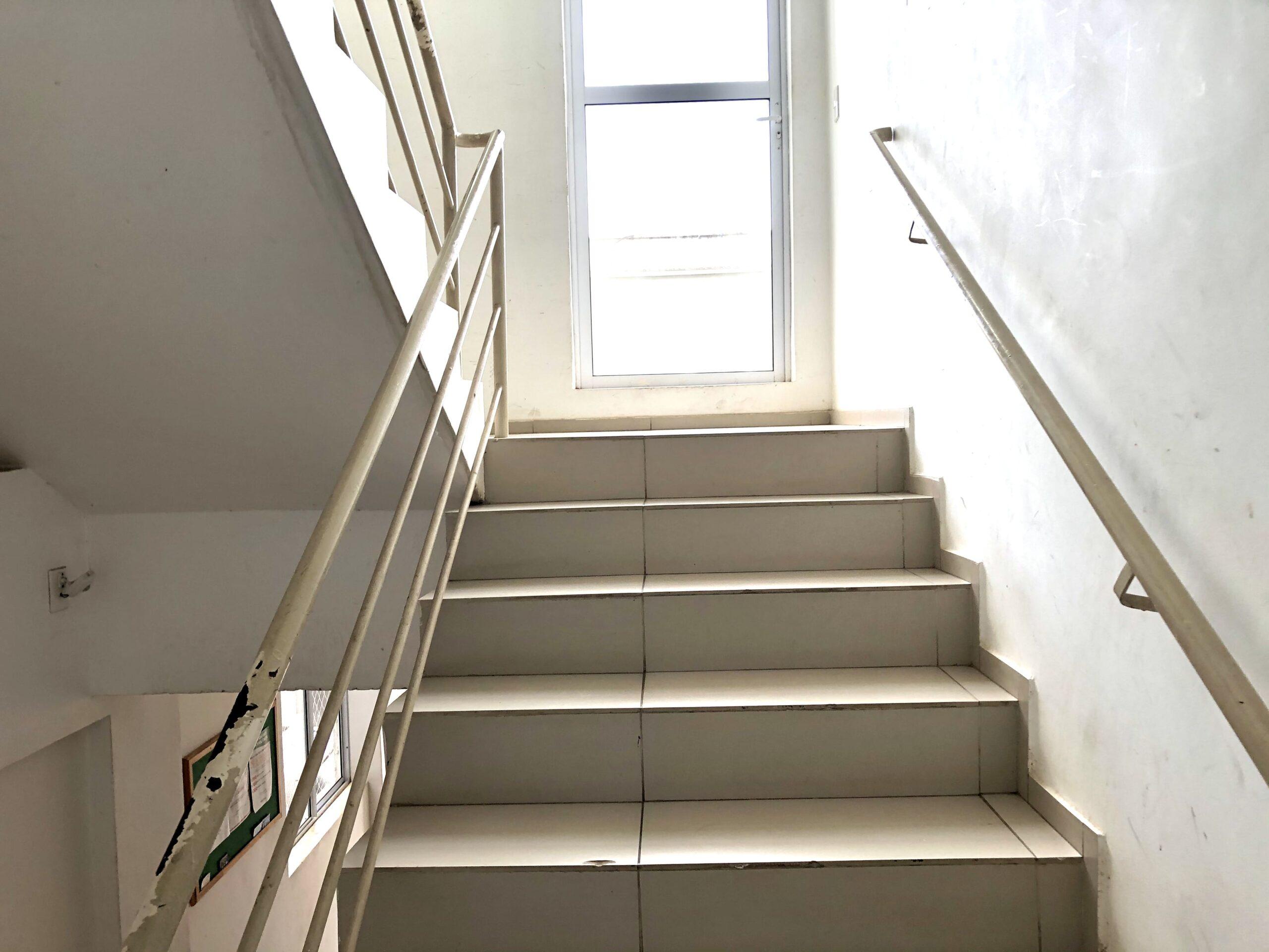 19 Apartamento para venda no Edifício Recanto das Palmeiras Teresina,3 Quartos, sendo 1 suíte, banheiro social, 1 vaga, piso em porcelanato