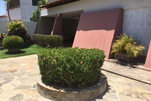 3 Casa para venda 30m x 30m São Cristóvão, piscina, 5 quartos, ampla área externa, próximo avenida Senador Arêa Leão