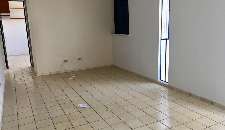 5 Santa Marta,3 quartos, 2 banheiros, 1 vaga, condomínio fechado,ufpi, zona leste Teresina