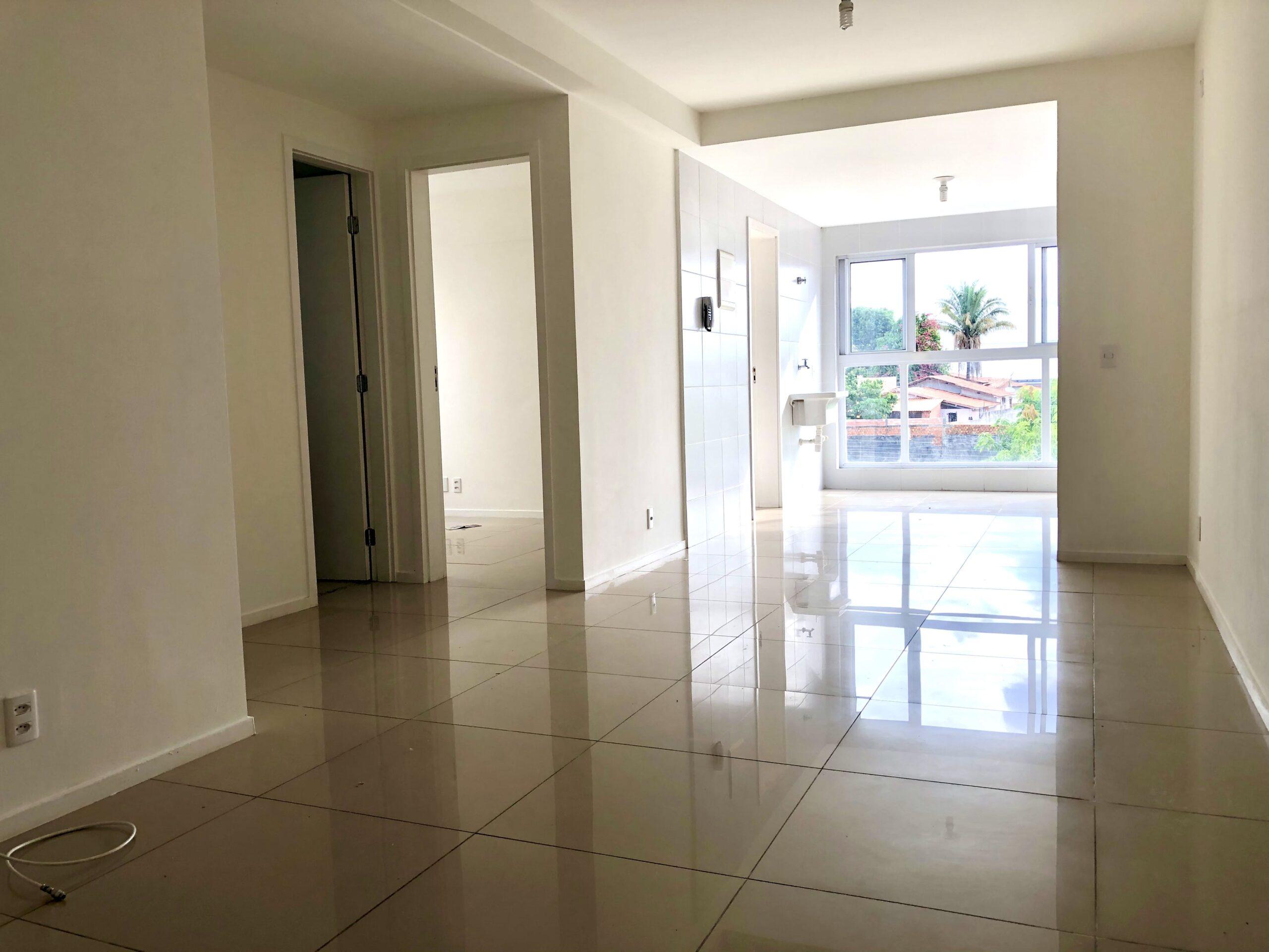 7 Apartamento para venda no Edifício Recanto das Palmeiras Teresina,3 Quartos, sendo 1 suíte, banheiro social, 1 vaga, piso em porcelanato