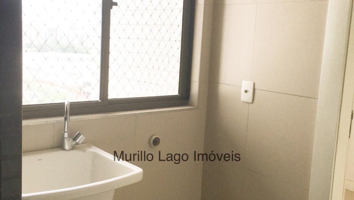 29 Apartamento 140m², Jóquei, 3 suítes sendo 1 master com closet e varanda, ampla sala,varanda,DCE, 2 vagas