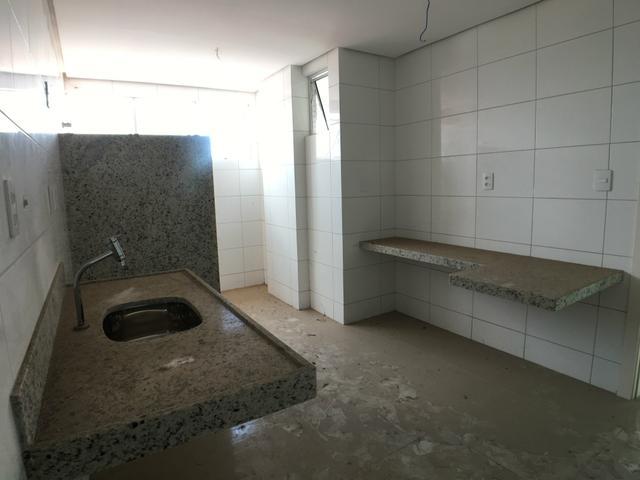 8 Vilmary Residence, 118m², 3 suítes, lavabo, varanda, 2 vagas, porcelanato, piscina, salão de festas