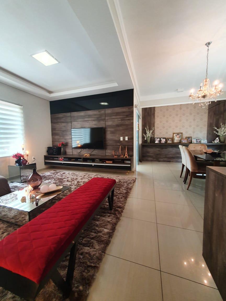 Casa duplex à venda Horto Florestal excelente acabamento
