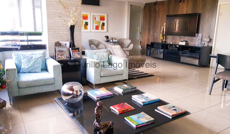 1 Apartamento 138m², 3 quartos sendo 1 suíte master closet e varanda, Ampla sala,Móveis planejados, 2 vagas, depósito extra-apartamento, próximo ao Grand Cru