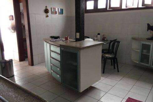 20 Casa para venda São Cristóvão 4 suítes, DCE,móveis planejados,20x30m