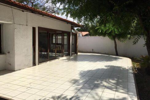 22 Casa para venda São Cristóvão 4 suítes, DCE,móveis planejados,20x30m