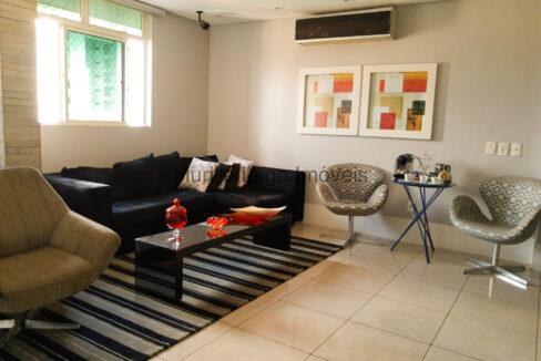 4 Apartamento 138m², 3 quartos sendo 1 suíte master closet e varanda, Ampla sala,Móveis planejados, 2 vagas, depósito extra-apartamento, próximo ao Grand Cru