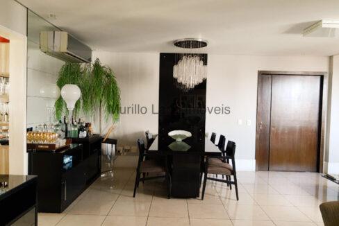 6 Apartamento 138m², 3 quartos sendo 1 suíte master closet e varanda, Ampla sala,Móveis planejados, 2 vagas, depósito extra-apartamento, próximo ao Grand Cru