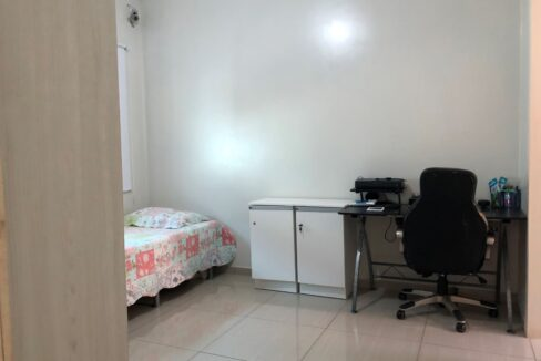 9 Casa duplex Ininga 4 suítes, porcelanato,dependência completa empregado, ampla área externa
