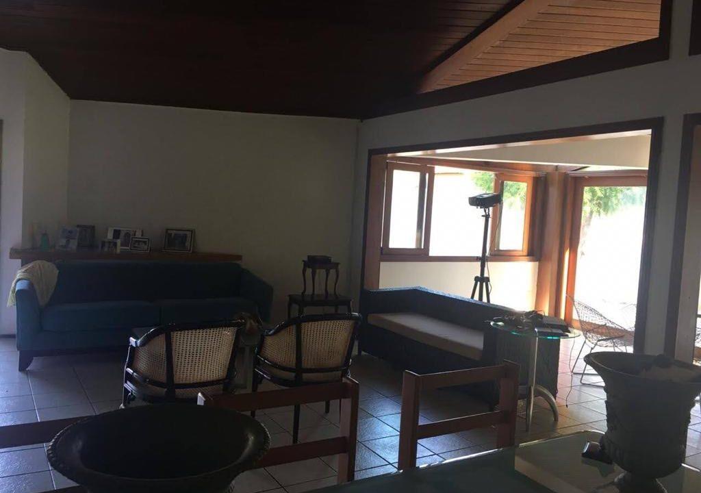 9 Casa para venda São Cristóvão 4 suítes, DCE,móveis planejados,20x30m