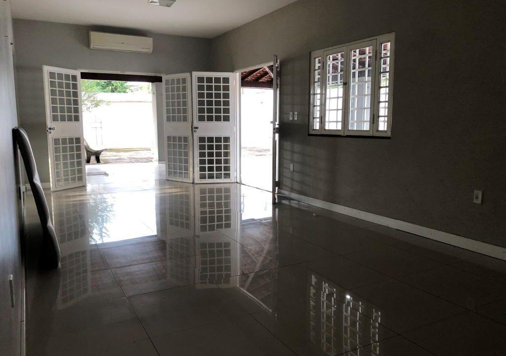 Casa venda no bairro Ininga , 3 quartos, 2 suítes, varanda gourmet, 6 vaga