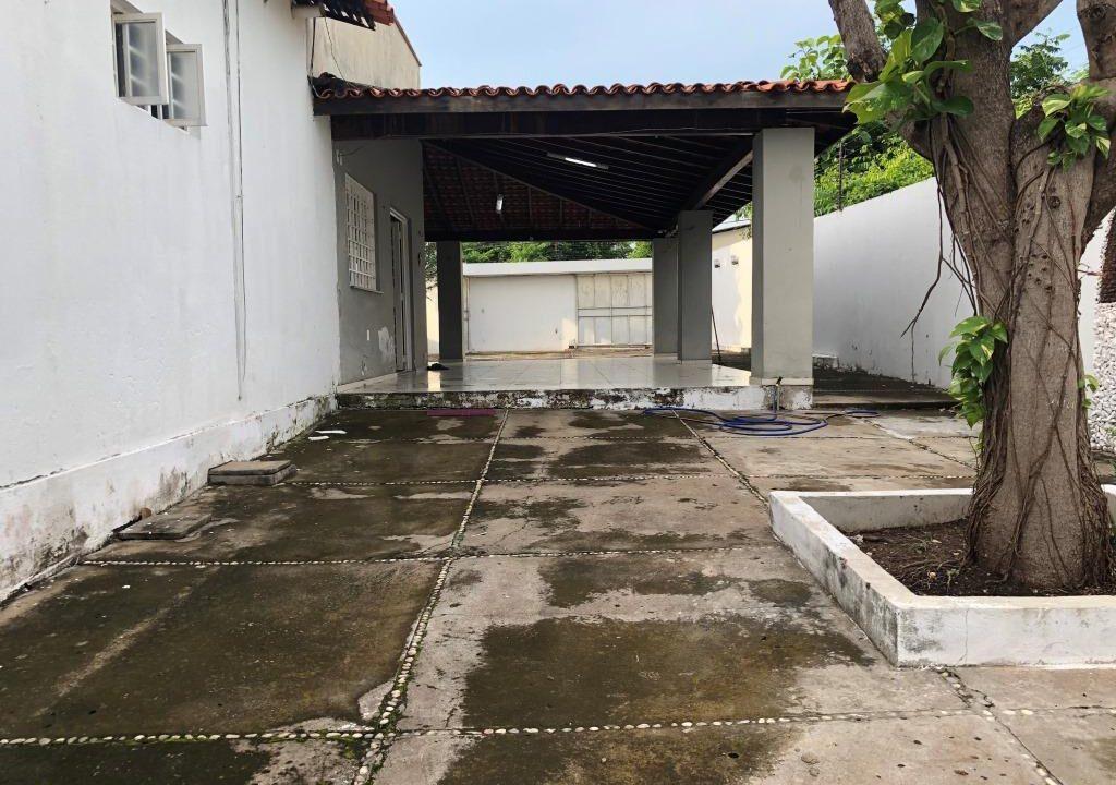 Casa venda no bairro Ininga , 3 quartos, 2 suítes, varanda gourmet, 6 vagas
