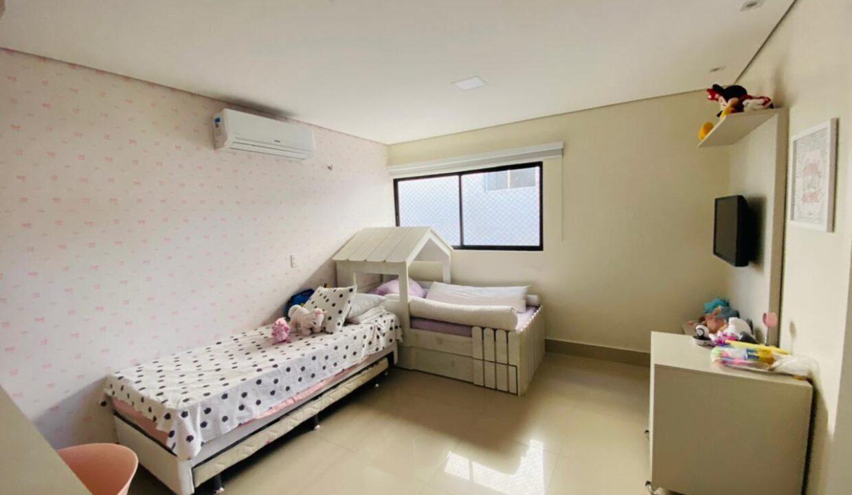 12 Casa duplex, 4 suítes, Terras Alphaville, energia solar insatalada, Teresina-PI