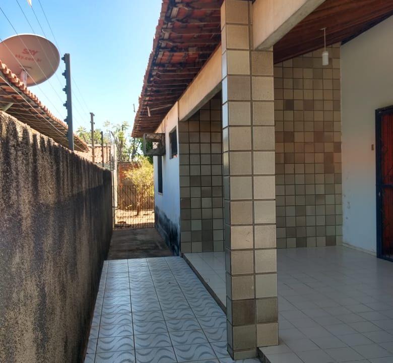 2 Casa venda ininga , 3 quartos sendo 1 suíte, 430 metros, poucos metros da av. Homero C Branco em Teresina-PI