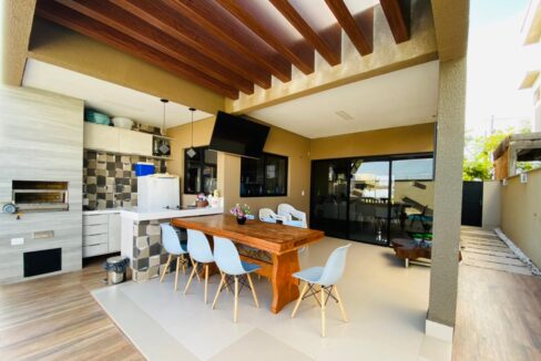 27 Casa duplex, 4 suítes, Terras Alphaville, energia solar insatalada, Teresina-PI