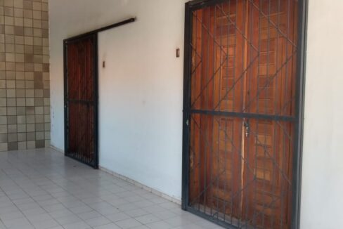 3 Casa venda ininga , 3 quartos sendo 1 suíte, 430 metros, poucos metros da av. Homero C Branco em Teresina-PI