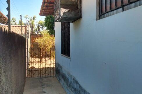 8 Casa venda ininga , 3 quartos sendo 1 suíte, 430 metros, poucos metros da av. Homero C Branco em Teresina-PI