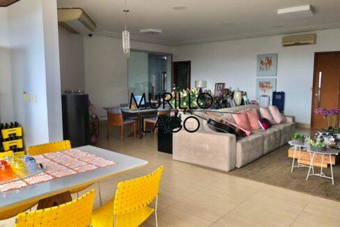 1 Apartamento para venda, 278 metros, 4 quartos,3 vagas, DCE ao lado do shopping Rio Poty na avenida Marechal Castelo Branco em Teresina-PI