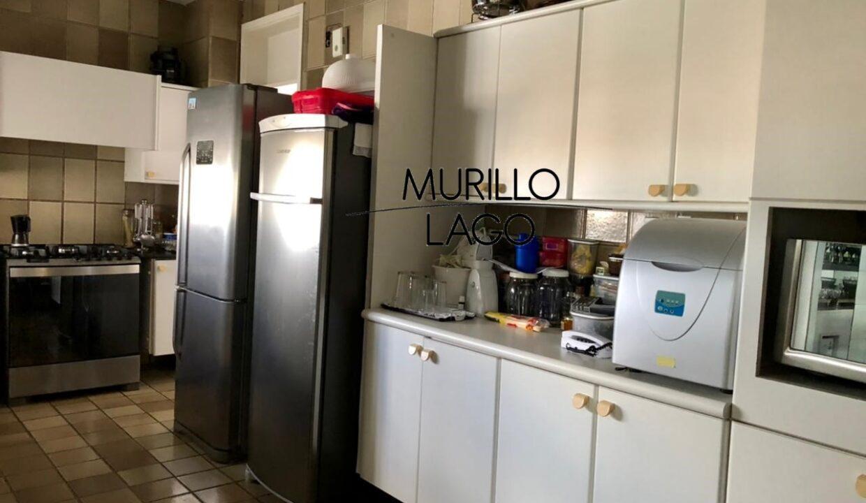 28 Apartamento para venda, 278 metros, 4 quartos,3 vagas, DCE ao lado do shopping Rio Poty na avenida Marechal Castelo Branco em Teresina-PI