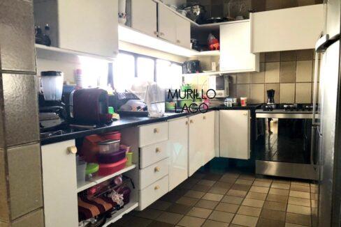 29 Apartamento para venda, 278 metros, 4 quartos,3 vagas, DCE ao lado do shopping Rio Poty na avenida Marechal Castelo Branco em Teresina-PI