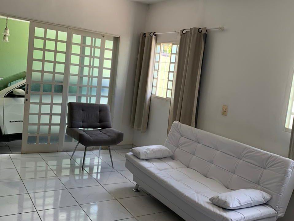 3 Casa para venda no bairro Primavera com 3 quartos e 2 banheiros em Teresina-PI