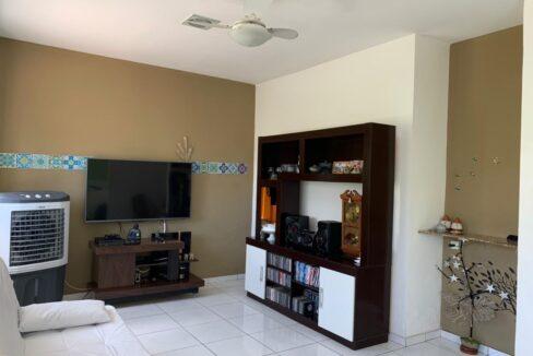 3.1 Casa para venda no bairro Primavera com 3 quartos e 2 banheiros em Teresina-PI