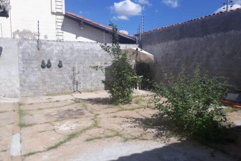 4 Casa para venda no bairro Primavera com 3 quartos e 2 banheiros em Teresina-PI