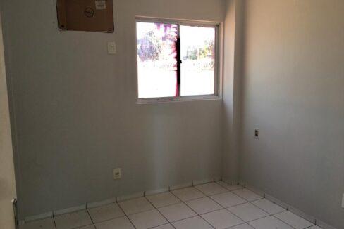 8 Apartamento para venda, 2 quartos sendo 1 suíte, térreo na avenida Presidente Kennedy em Teresina-PI