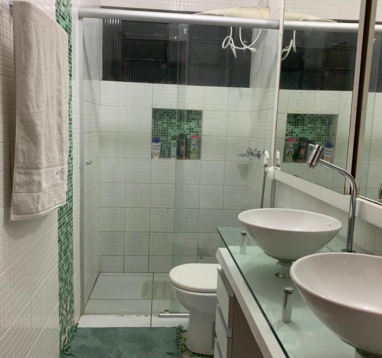 9 casa para venda no bairro morada do sol em Teresina por R$ 550.000,00