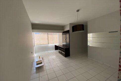 1 Apartamento para venda com 3 quartos sendo 2 suítes, móveis planejados, piscina próximo avenida João XXIII